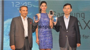 Bollywood actress Nargis Fakhri along with Samsung executives